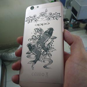 In laze mặt lưng điện thoại